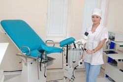 s_mesyachnymi_na_priem_k_ginekologu_3